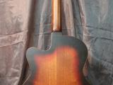fest13_guitardoc_10